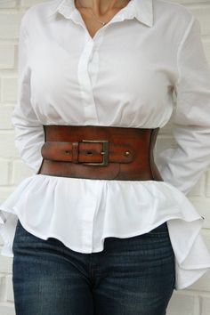 Leather corset belt for women Wide waist belt Western belt Waist cincher Corset En Cuir, Leather Corset Belt, Wide Leather Belt, Leather Belts, Black Corset, Fashion Belts, Fashion Outfits, Womens Fashion, Fashionable Outfits