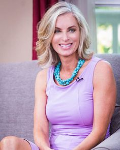 Eileen Davidson Visits 'Home & Family'; Talks Emmy Nom, Reveals She Can Do… Bold And The Beautiful, Gorgeous Women, Eileen Davidson, Shades Of Blonde, Haircut And Color, Blonde Highlights, Silver Hair, Fall Hair, Pretty Hairstyles