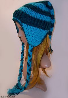 Earflap hat (could make it in green, for a Zelda Link)