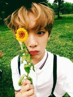 Sanha from ASTRO He is such a precious darling! Beagle, Seoul, Kim Myungjun, Astro Sanha, Pre Debut, Astro Boy, Minhyuk, Kpop Groups, K Pop