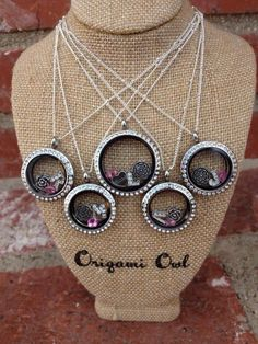How cute and personal are these origami owl living lockets for your bridesmaids!!! Create yours today! You can even host a online party to recieve some for FREE with Hoot Loot! Ask me how! www.mjsboutique.origamiowl.com