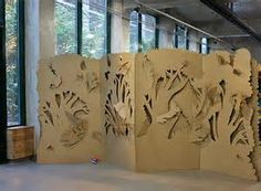 Cardboard dressing screen