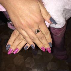 Fish Tattoos, Class Ring, Nails, Ongles, Nail, Sns Nails, Finger Nails, Manicures