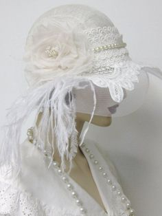 Beautiful Vintage Flapper Wedding Cloche with Battenburg lace, vintage faux pearls, a hand sculpted silk organza rose and white Russian veiling. Flapper Wedding, 1920s Flapper, Wedding Hats, Vintage Wedding Veils, Flapper Hat, Flapper Style, Vintage Bridal, Lace Wedding, Vintage Outfits