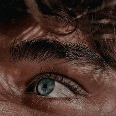 Brown Eyes Aesthetic, Aesthetic Boy, Character Aesthetic, Classy Aesthetic, Amber Eyes, Dark Brown Eyes, Brown Eyed Girls, Step Brothers, Hazel Eyes