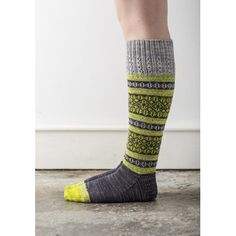 Ravelry: Talia pattern by Rachel Coopey socks colorwork stranded Crochet Socks, Knitting Socks, Hand Knitting, Knitting Patterns, Knit Crochet, Crochet Patterns, Knit Socks, Knitted Socks Free Pattern, Knitting Designs