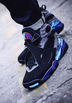 Air Jordan 8 Retro 'AQUA' (via Kicks-daily.com)