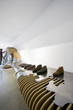 Miralles Tagliabue EMBT — Interior Design Camper store — Image 5 of 5 - Europaconcorsi