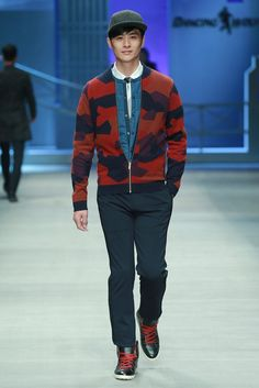 DANCING WOLVES Fall Winter 2015 Otoño Invierno #Menswear #Tendencias #Moda Hombre #Trends Mercedes Benz China International Fashion Week