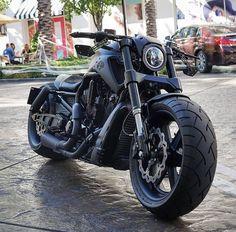 Vrod Custom, Custom Harleys, Harley Davidson Night Rod, Harley Davidson Motorcycles, Custom Street Bikes, Custom Bikes, Vrod Muscle, Harley V Rod, Softail Bobber