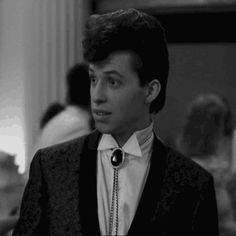 duckie from pretty in pink 1980s Films, 90s Movies, Good Movies, Hollywood Knights, Old Hollywood, Disney Movie Scenes, 80s Classics, Jon Cryer, Brat Pack