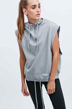 #TCIFAVORITES 26 | TheChicItalian | Favorites of the week - Adidas Stellasport Sleeveless Hoodie in Grey via Urban Outfitters