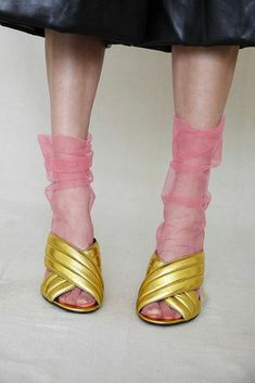 Pink Chiffon Socks Pink Tulle Socks Pink Mesh Socks - Gucci Sandals - Ideas of Gucci Sandals - Material: Nylon & Spandex Colors: Black Beige (Nude) Red Thickness: Thin Package include: 1 pair of socks Edgy Chic, Casual Chic, Casual Fall, Mesh Socks, Sheer Socks, Fashion Details, Look Fashion, Paris Fashion, Trendy Fashion