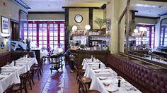 Anmeldelse: Tidløs og god mat på Brasserie France #restaurantguide Table Settings, Place Settings, Tablescapes