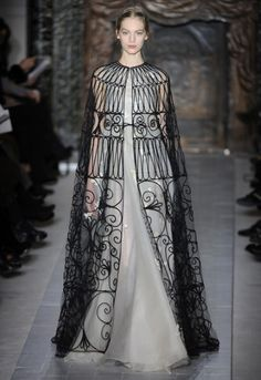 Valentino haute couture spring/summer 2013 - I now need to drop the Worth gown beside this