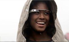 GOOGLE INTRODUCEERT DE NEXT BIG THING IN MOBILE MARKETING: GLASS  Google heeft zojuist meer bekendgemaakt over het Google Glass-project. De wearable zal binnenkort door het publiek getest worden. De nieuwe website staat live met informatie over Glass, met daar een oproep voor mensen om zich aan te melden om ook Glass te proberen. Het 'addertje' het gras: alleen inwoners van de VS komen in aanmerking én je dient zelf een Explorer-editie van Glass aan te schaffen voor maar liefst $1500.