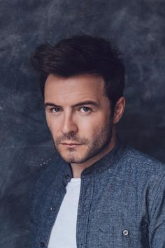 I know westlife is kinda oldschool, but seriously... shane filan?? HE'S A HOTTIE