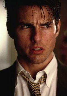 [Jerry Maguire]: Hablar sin decir nada es un arte que no domino. Las cosas que pensamos y no decimos: El futuro de nuestro negocio. [Nadie dijo que ganar era barato]