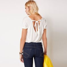 Short-Sleeved V-Neck Top with Back Bow