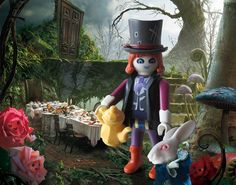 Alice in Wonderland's mad hatter - Playmobil Do The Harlem Shake, Alice In Wonderland Doll, Playmobil Toys, Doll Party, Lego Worlds, Lego House, Everything Is Awesome, Jouer, Doll Toys