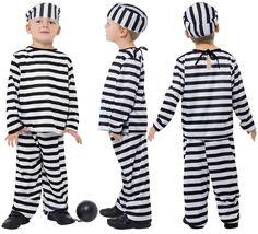 El disfraz de preso para niño, incluye Camiseta, pantalón y gorro ( no incluye accesorios) en DisfracesMimo.com Women, Fashion, Shopping, Facts, Work Uniforms, Man Women, Pants, T Shirts, Accessories