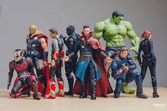 Japanese Artist Creates Stunning Mashup Photos Of Superhero Action Figures