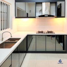 Kitchen Cabinets Aluminium, Glass Kitchen Cabinet Doors, Kitchen Cabinet Remodel, Kitchen Cabinet Colors, Kitchen Room Design, Kitchen Sets, Anniversary Cakes, Wedding Anniversary, Kitchen Cabinets Color Combination