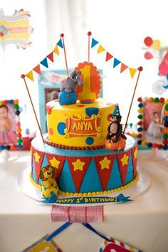 75 ideas for a circus birthday party! Carnival Cakes, Circus Cakes, Circus Carnival Party, Circus Theme Party, Carnival Birthday Parties, Circus Birthday, Birthday Party Themes, Birthday Ideas, Circus Circus