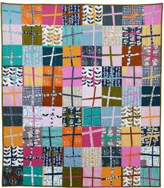 Glimma Crosses Quilt Pattern | Go wonky with this modern fat quarter quilt pattern!