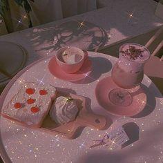 تم النشر بواسطة 08.10.2020 | La mode passera, le style restera Pink Tumblr Aesthetic, Baby Pink Aesthetic, Peach Aesthetic, Princess Aesthetic, Aesthetic Colors, Aesthetic Images, Aesthetic Collage, Aesthetic Backgrounds, Aesthetic Iphone Wallpaper