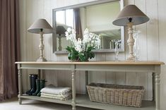 20 Ways To Style Your Console Table | Hall, Consoles And Console Tables