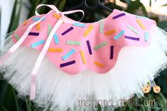 This tutu is fucking cute Donut Party, Donut Birthday Parties, Birthday Party Themes, Girl Birthday, Cupcake Party, Donut Costume, Karneval Diy, Diy Costumes, Candy Costumes