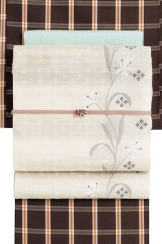 西陣織正絹九寸名古屋帯 白×薄グレー系 | きもの都粋