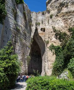 Dionysius Ear, Siracusa - Sicily Siracusa Sicily, Sicilian, Mount Rushmore, The Good Place, Ear, Cheese, Mountains, Places, Nature