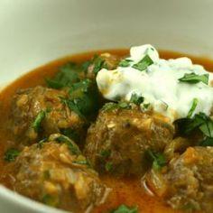 Albóndigas de pollo en salsa de curry