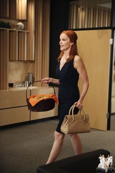 Google Image Result for http://www4.images.coolspotters.com/photos/870760/bree-van-de-kamp-and-desperate-housewives-gallery.jpg