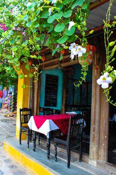 Cafe in Hoi An Vietnam by HonestSaturdays on Etsy, $35.00 http://viaggi.asiatica.com/