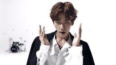 Image about kpop in BaekHyun💖 by Kaisoo, Kpop Exo, Exo Chanyeol, Exo For Life, Exo Songs, Exo Album, Xiu Min, Exo Memes, Korean Bands