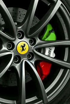 Cool cars ferrari beautiful 39 Ideas for 2019 Ferrari Daytona, Ferrari Ff, Ferrari 2017, Rims For Cars, All Cars, Carros Lamborghini, F12 Berlinetta, Car Tuning, Brake Calipers