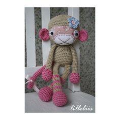 Monkey girl, crochet amigurumi toy