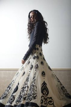By or Inspired by Indian designer anarkali India Fashion, Ethnic Fashion, Asian Fashion, High Fashion, Women's Fashion, Indian Attire, Indian Ethnic Wear, Indian Style, Pakistani Outfits