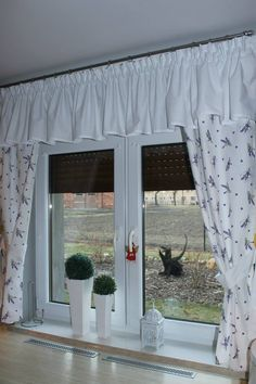 Diy Curtains, Sheer Curtains, Kitchen Curtains, Kitchen Curtain Designs, Glamour Decor, Sewing Projects, Shabby, New Homes, Windows