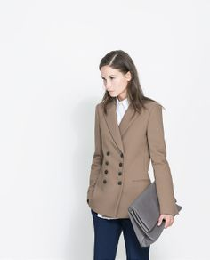 Image 2 of SHORT DOUBLE BREASTED OVERCOAT from Zara