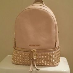 NWT Michael Kors Studded Rhea Backpack. Ballet. ASK ABOUT MY SPECIAL PRICE!  Will b5c6f853aed39