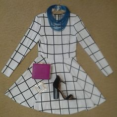 @alirostyle grid pattern knit fit and flare dress, Zenzii multi strand leather necklace in cobalt, fuschia box bag, gold square bracelet, and @chineselaundry Sea breeze shoe in black suede.# fitnflarenfun #patternplay #ootd