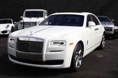 Book this Classic Rolls Royce Ghost rental car from SBER #Miami #SouthBeach #RollsRoyce #LuxuryCars