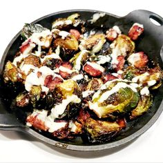 Crispy Brussel Sprouts with Ham at Bonefish Grill. It's listed as 22 net carbs on their nutrition fa Grilled Brussel Sprouts, Brussle Sprouts, Sprouts With Bacon, Bonefish Grill Recipes, Grilling Recipes, Cooking Recipes, Sprout Recipes, Vegetable Recipes, Bacon Recipes