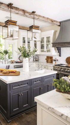 Classic Kitchen, Farmhouse Style Kitchen, Modern Farmhouse Kitchens, Kitchen Redo, Home Decor Kitchen, Home Kitchens, Small Kitchens, Kitchen Rustic, Rustic Farmhouse