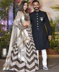 Bollywood Saree, Bollywood Fashion, Bollywood Celebrities, Sonam Kapoor Wedding, Couple Wedding Dress, Wedding Outfits, Wedding Dresses, Mehendi Outfits, Lehenga Choli