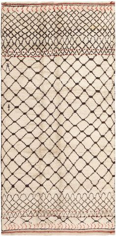 View this beautiful Vintage Moroccan Rug 46510 from Nazmiyal's fine antique rugs and decorative carpet collection in New York City.